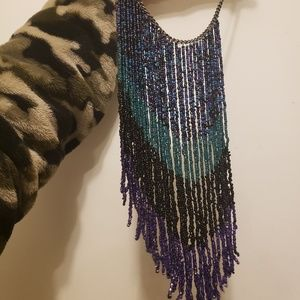 URBAN OUTFITTERS • BoHo hanging bead necklace